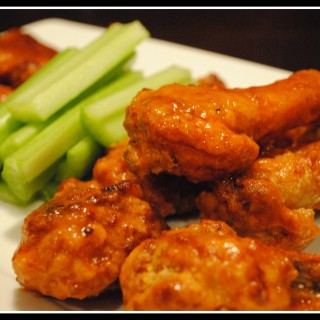 Buffalo Chicken Wings & Sauce