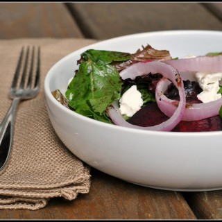 Meatless Monday: Beet, Goat Cheese, and Grilled Onion Salad