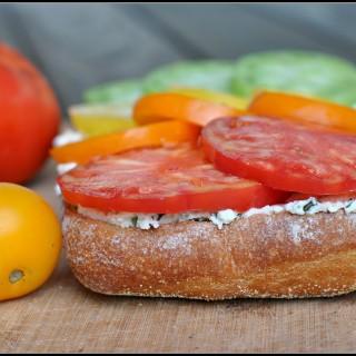 Meatless Monday: Heirloom Tomato Bruschetta with Basil Ricotta
