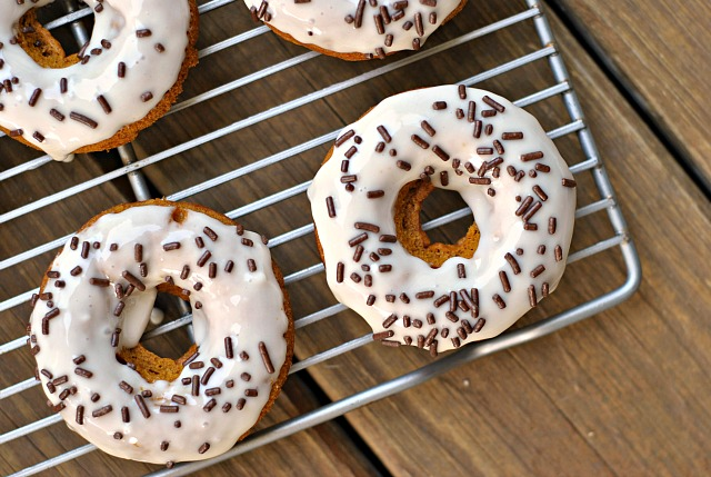 Maple-Pumpkin Baked Donuts 2