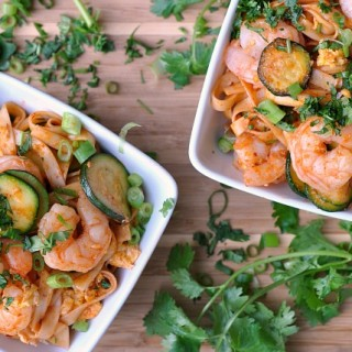 Spicy Sriracha Shrimp and Zucchini Lo Mein 3