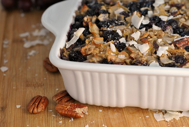Blueberry Coconut Baked Oatmeal + Weekly Menu