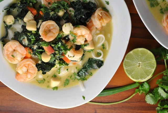 Thai Green Curry with Shrimp and Kale 2