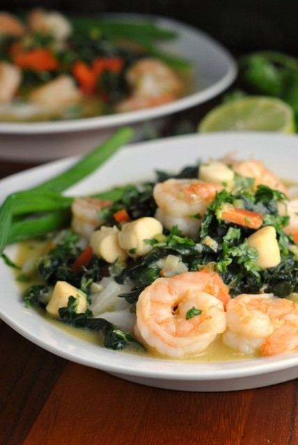 Thai Green Curry with Shrimp and Kale 4