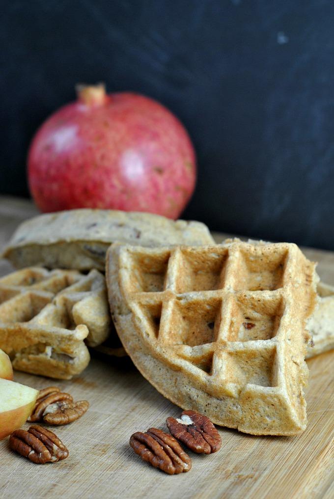 Banana Nut Waffles + Weekly Menu