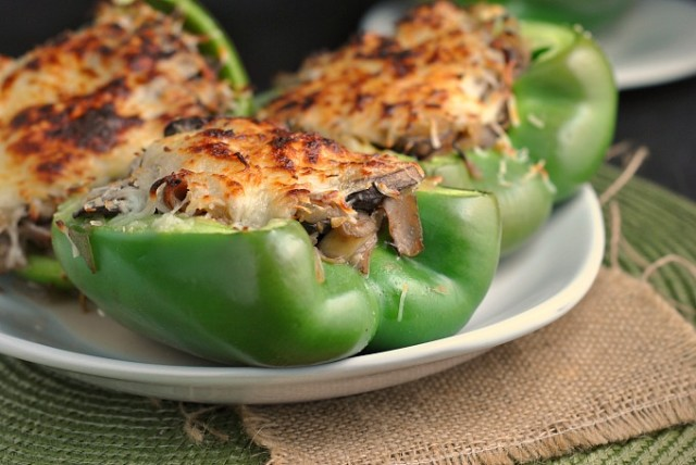 Philly Cheesesteak Stuffed Peppers 3