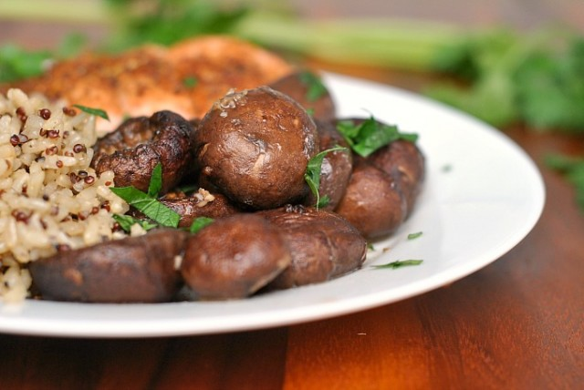 Buttery Garlic Mushrooms 4