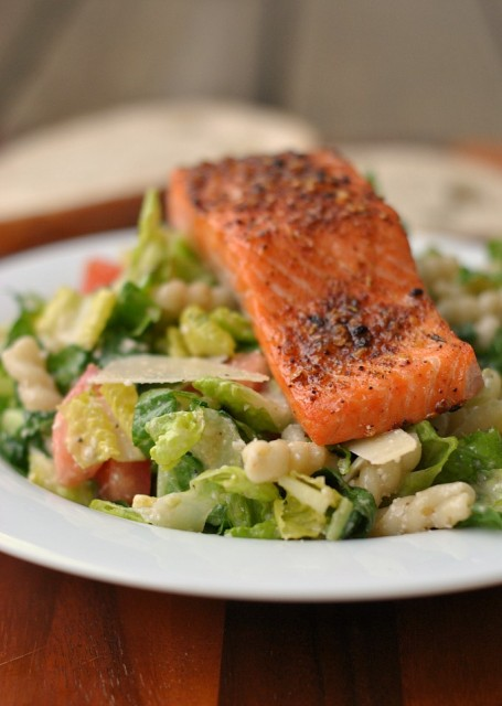Caesar Salad with Salmon and Pasta 1