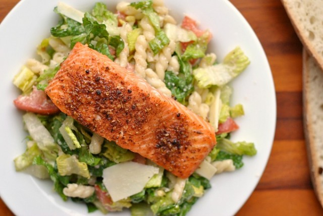 Caesar Salad with Salmon and Pasta 3