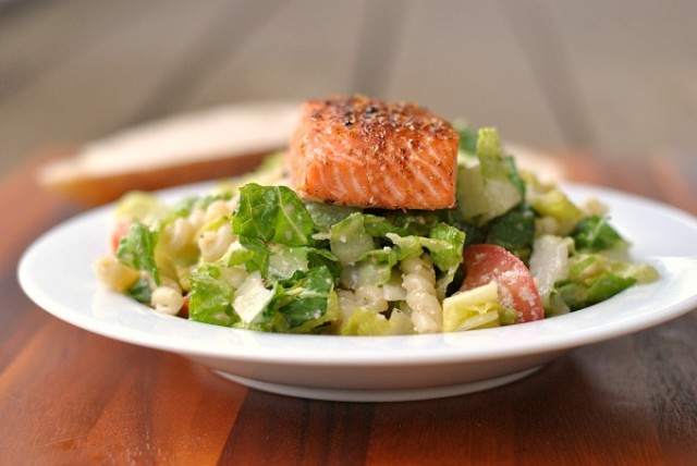 Caesar Salad with Salmon and Pasta 4