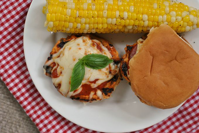 Parm-Style Chicken Sliders 3
