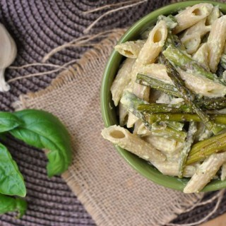 Penne with Garlic and Asparagus Cream Sauce + Weekly Menu