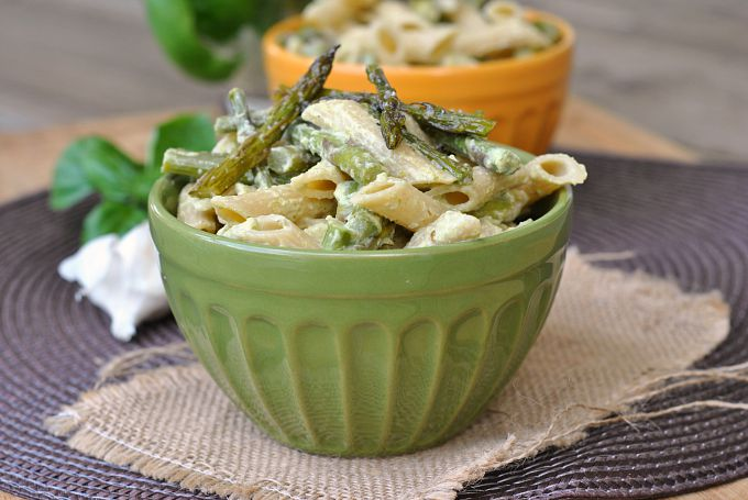 Penne with Garlic and Asparagus Cream Sauce 4