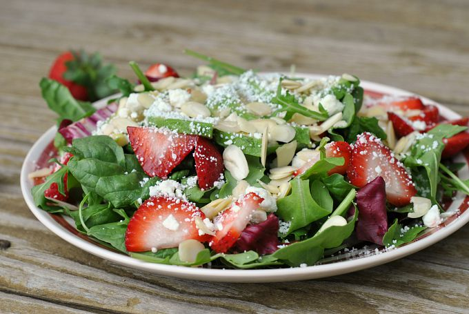Summer Salad with Strawberry Dressing 3