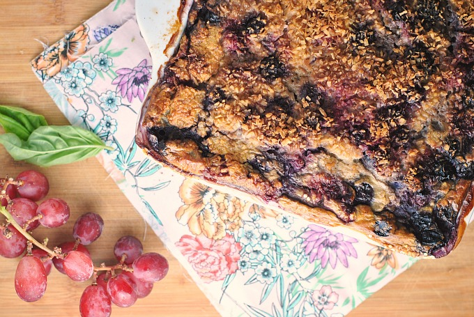 Berry Banana Quinoa and Steel Cut Oats Breakfast Bake 3