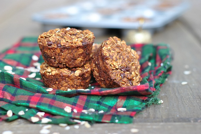 Gingerbread Chocolate Chip Baked Oatmeal Bites 4