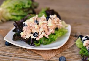 Blueberry Chicken Salad Lettuce Cups