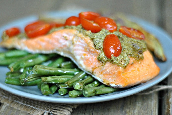 Pesto Salmon and Italian Veggies in Foil 2