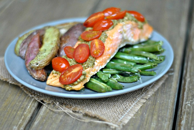Pesto Salmon and Italian Veggies in Foil 4