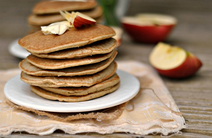 Gluten-Free Apple-Oatmeal Blender Pancakes 3