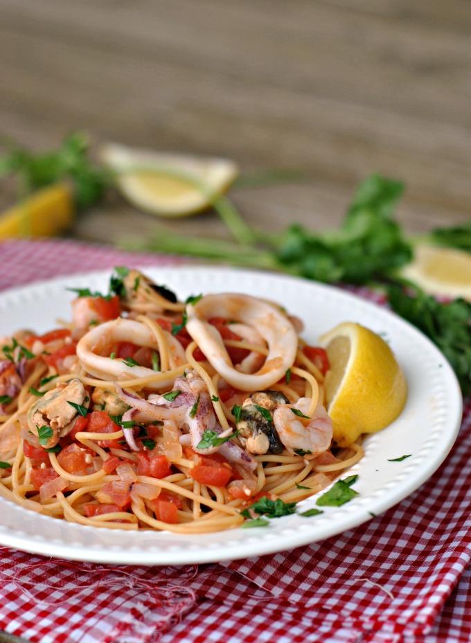 20-Minute Seafood Pasta 4
