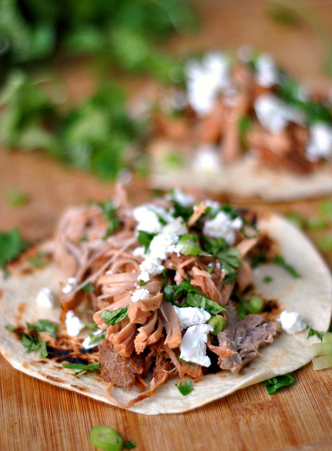 Slow Cooker Pineapple Pulled Pork Tacos 1
