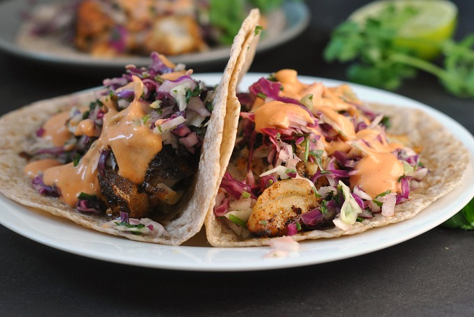 blackened-fish-tacos-with-cilantro-slaw-and-sriracha-mayo-4