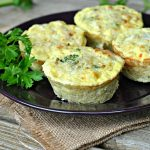 broccoli-cheese-quinoa-egg-muffins-4
