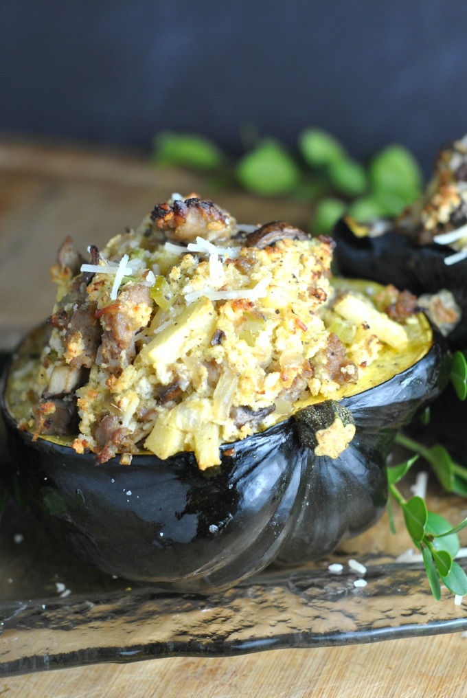 sausage-and-apple-stuffed-acorn-squash-3