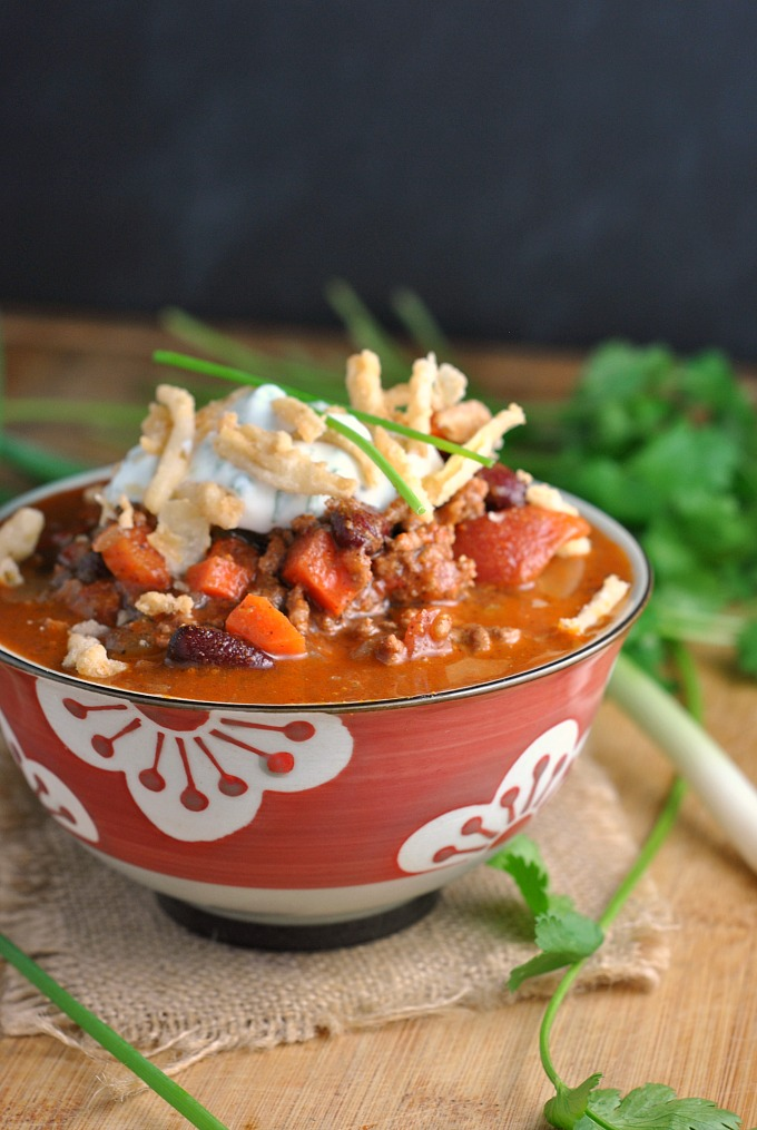 smokey-chipotle-chili-with-ranch-sour-cream-4
