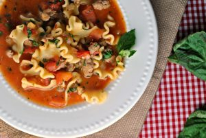 Recipe Repeat: Lasagna Soup + Weekly Menu