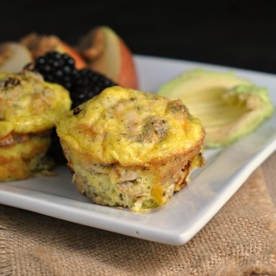 Sausage Pizza Egg Muffins {Paleo & Whole30} + Weekly Menu