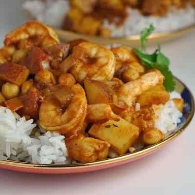 Easy Chana Aloo Curry with Shrimp + Weekly Menu