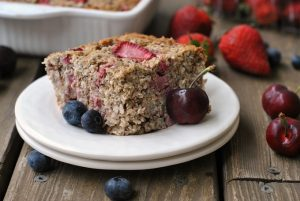 Strawberry Coconut Breakfast Bake {Whole30, Paleo} + Weekly Menu