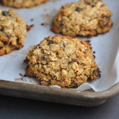 Oatmeal-Almond Breakfast Cookies + Weekly Menu