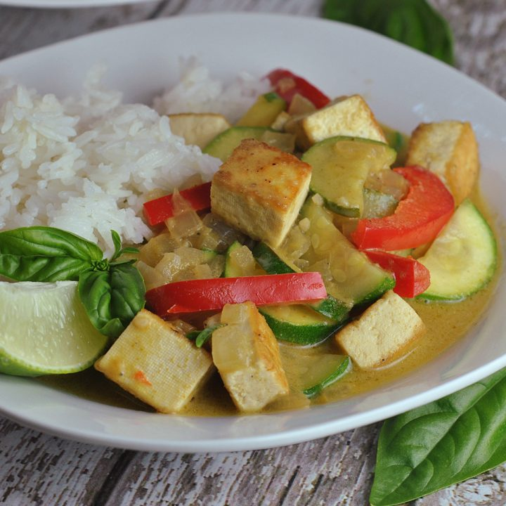 30-Minute Thai Green Curry Tofu