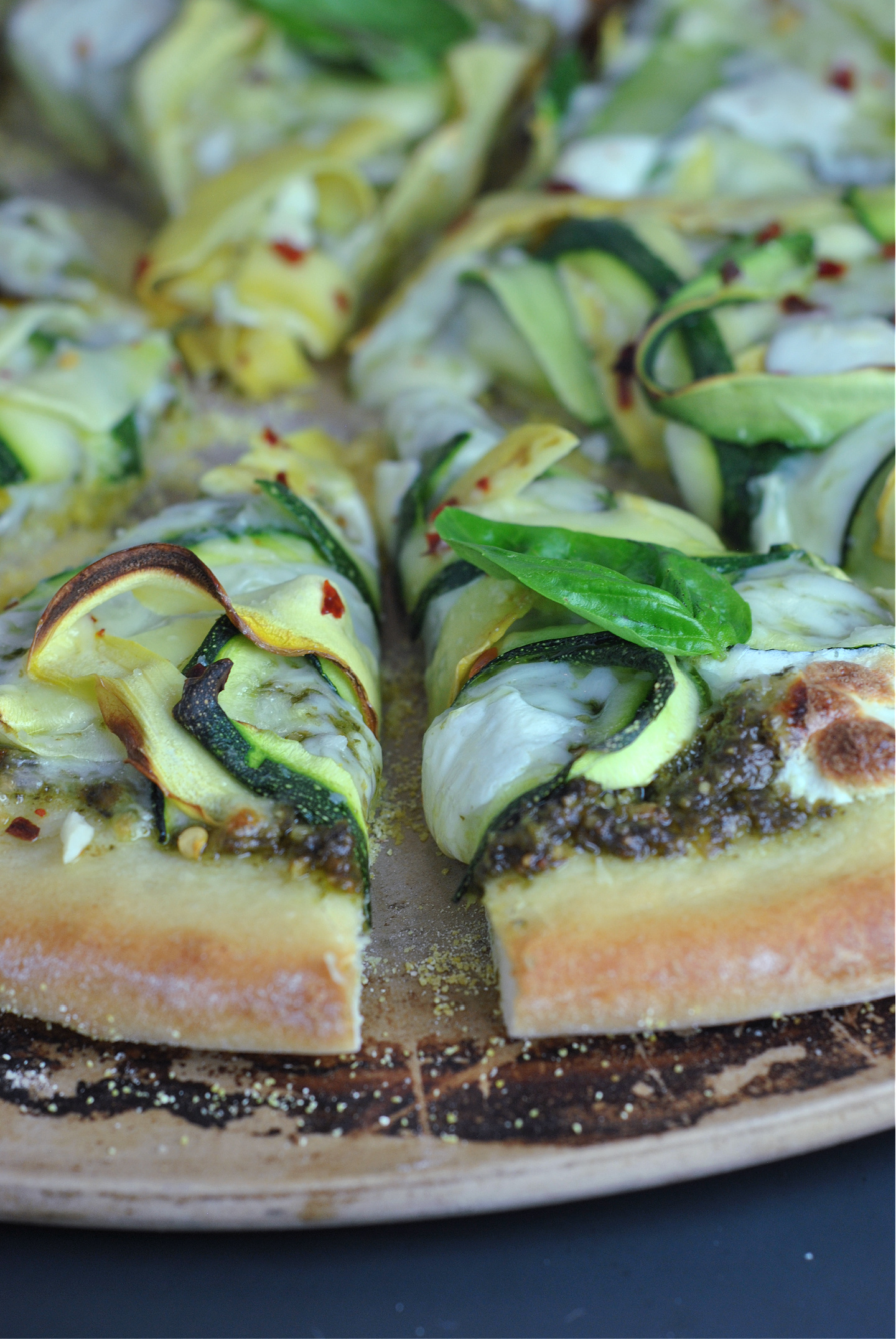 Green Goddess Pesto-Squash Pizza via @preventionrd