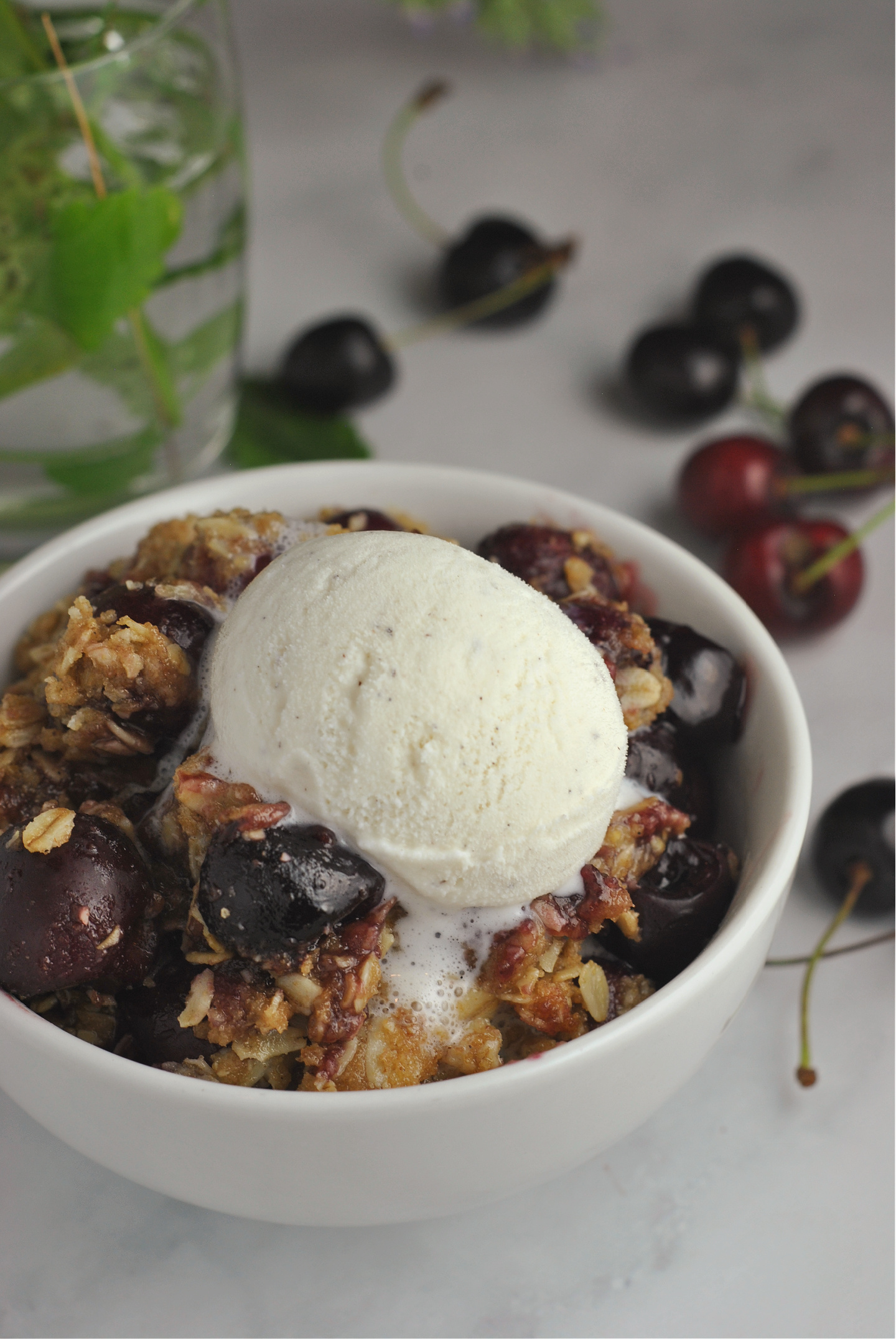 Extra Cherry Crisp via @preventionrd