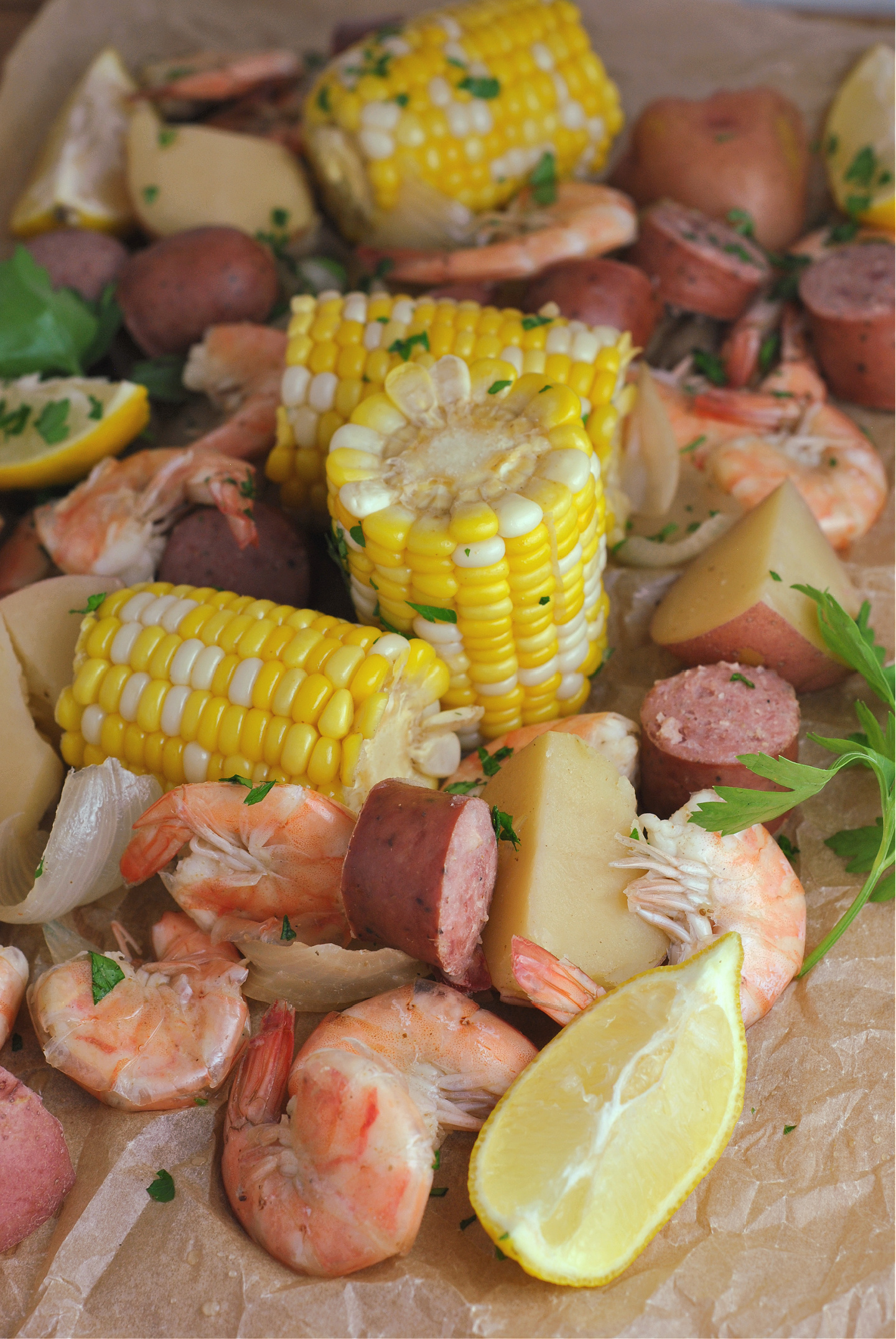 Slow Cooker Shrimp Boil via @preventionrd