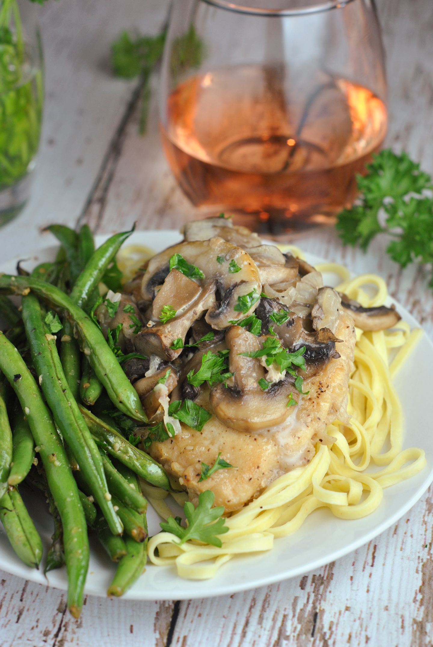 Instant Pot Chicken Marsala via @preventionrd