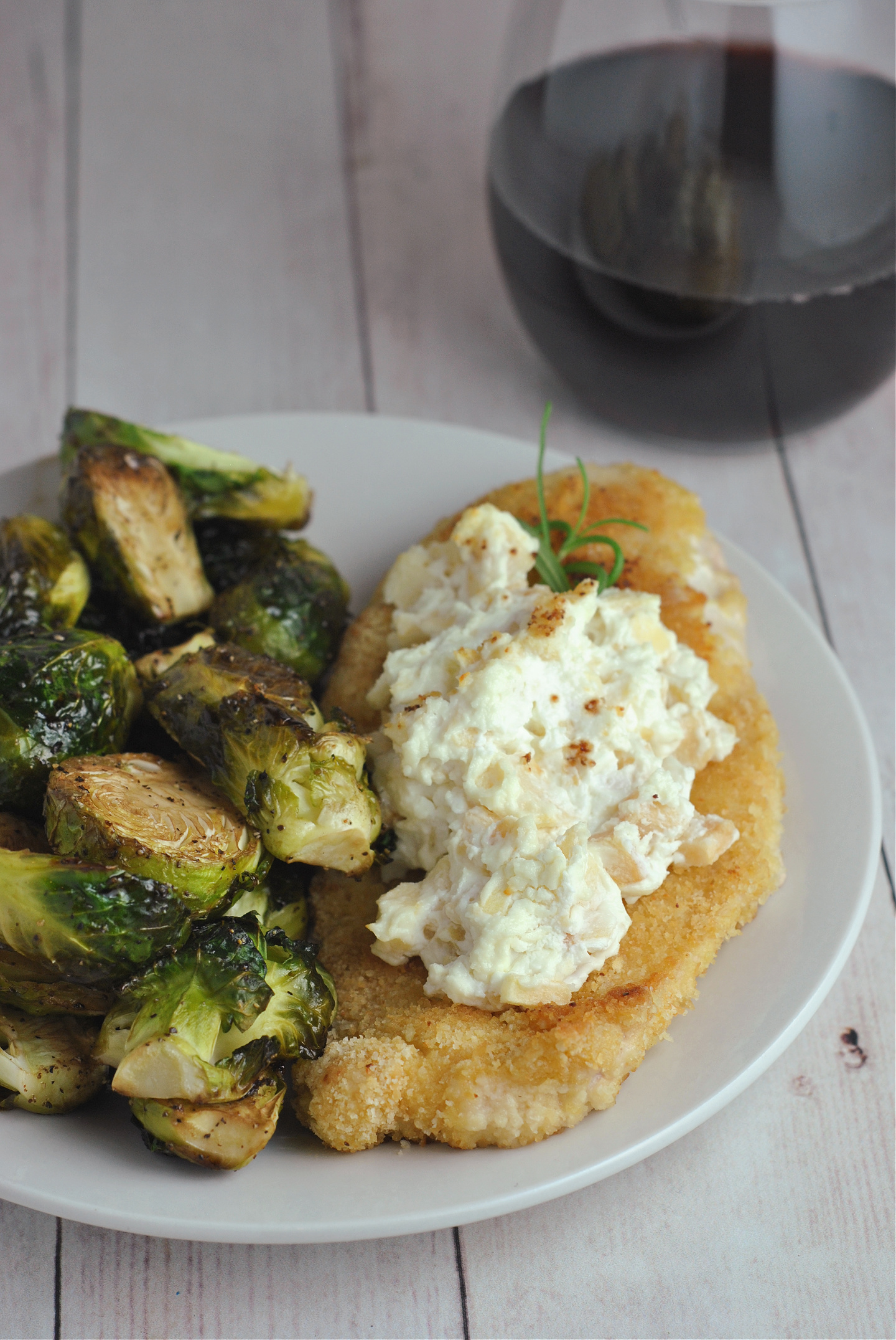 Goat Cheese and Apple Chicken via @preventionrd