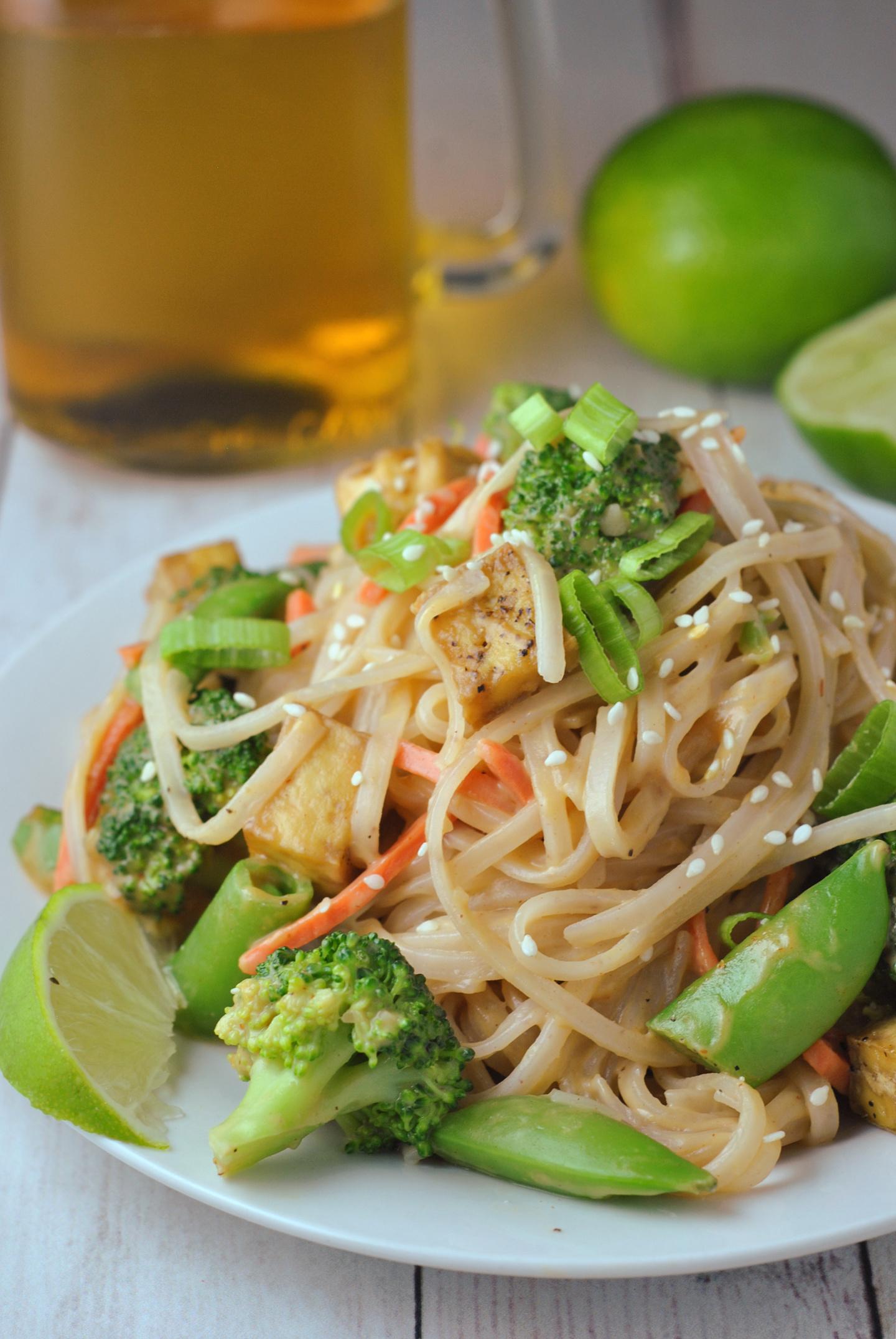 Peanut Sauce Rice Noodles with Tofu and Veggies via @preventionrd