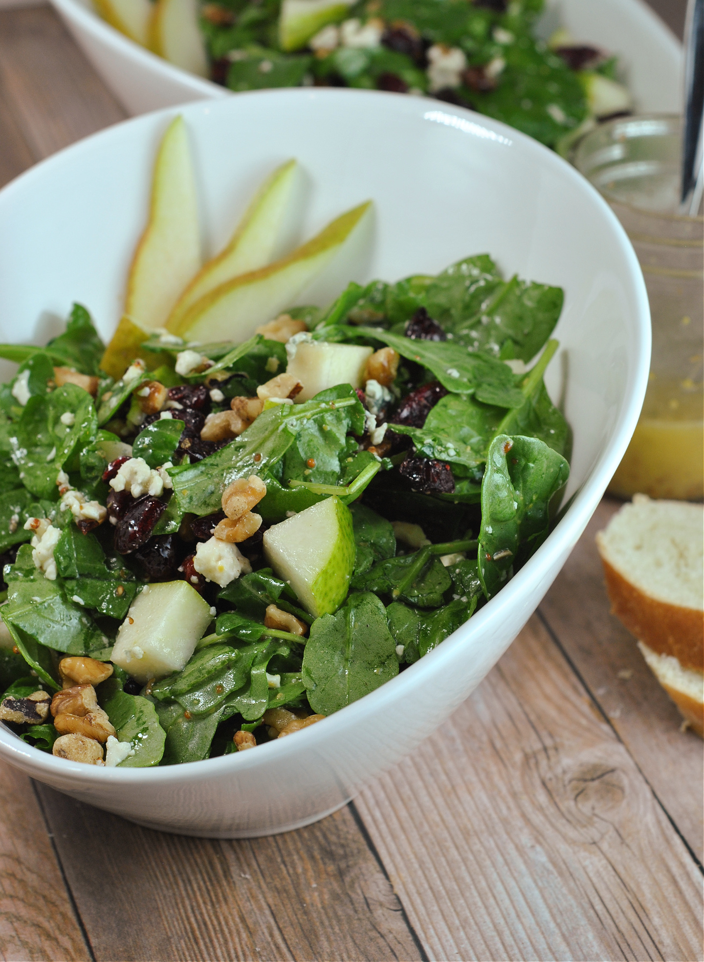 Pear and Gorgonzola Salad via @preventionrd