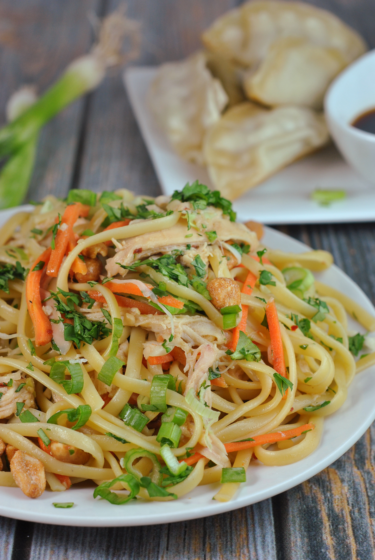 Easy Thai Noodles with Chicken via @preventionrd