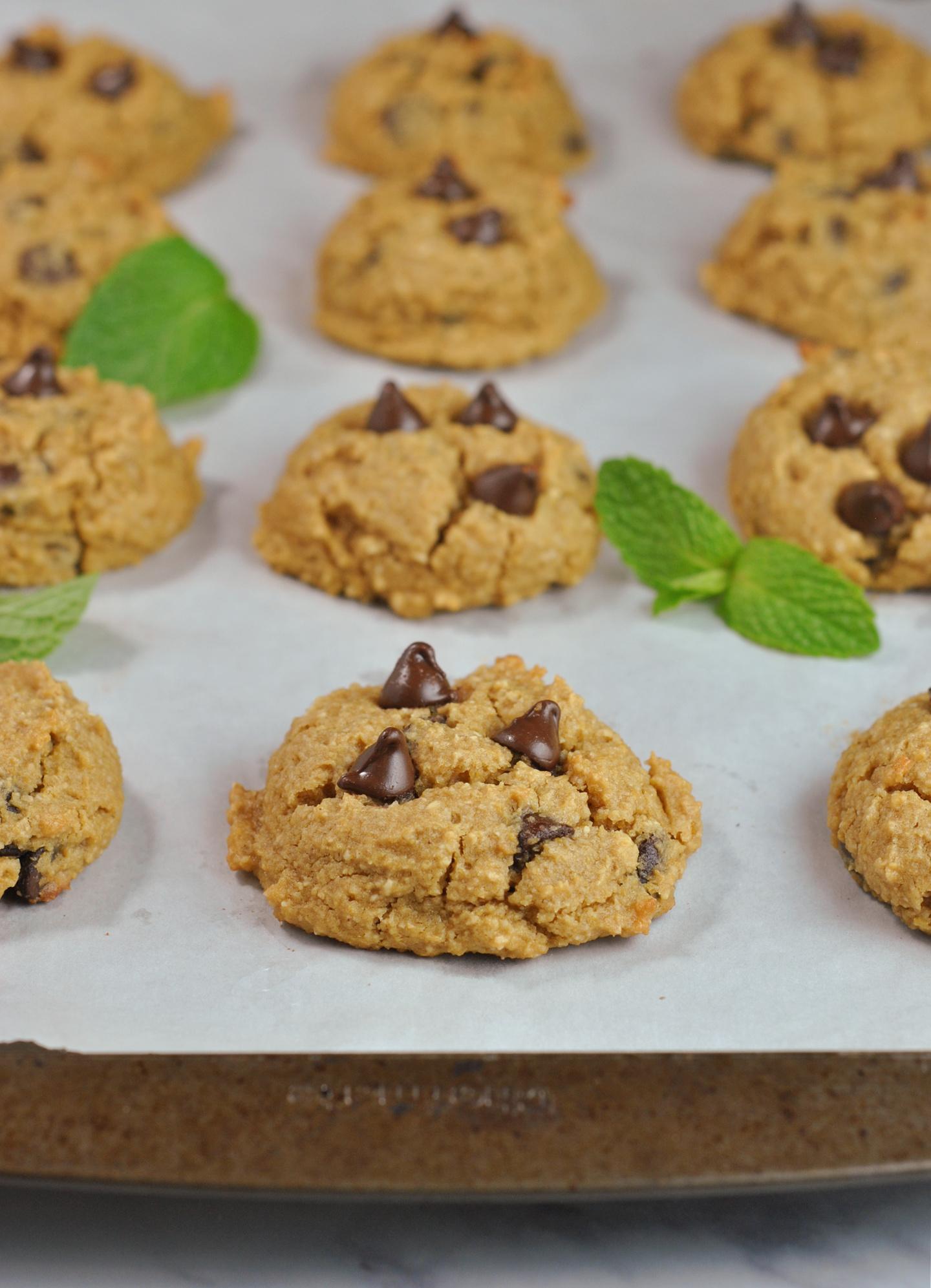 Chickpea Chocolate Chip Cookies via @preventionrd