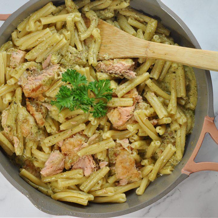 Creamy Salmon Pesto Pasta