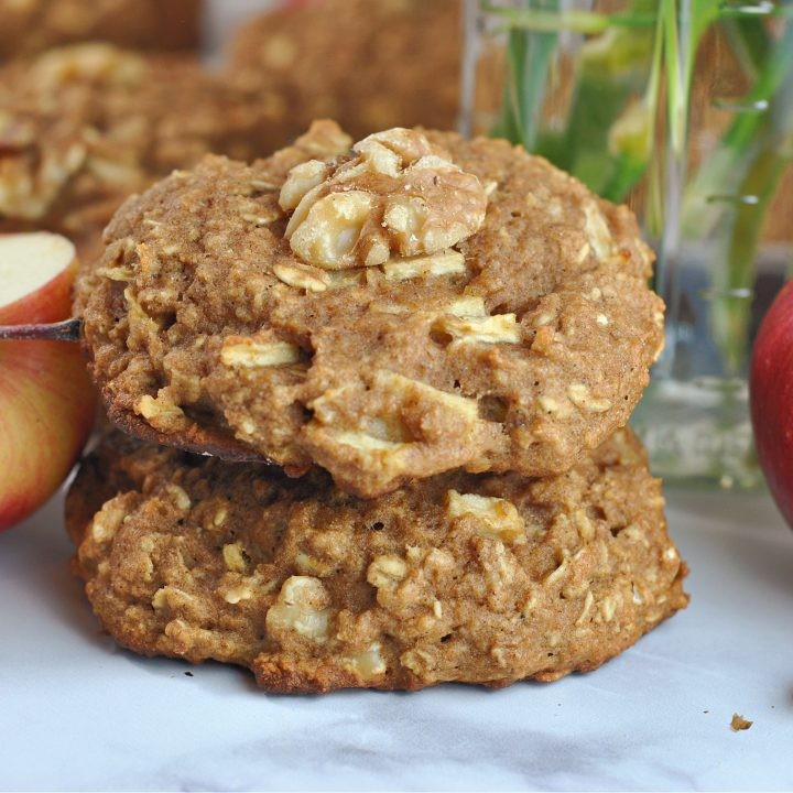 Whole Wheat Apple-Oat Breakfast Cookies