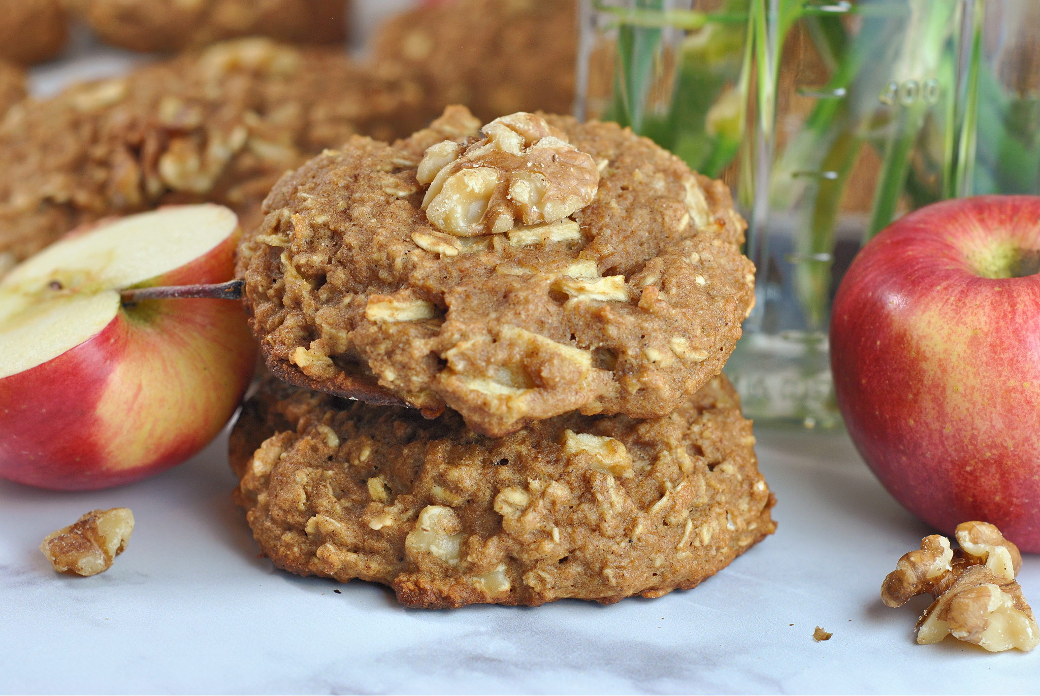Whole Wheat Apple-Oat Breakfast Cookies via @preventionrd