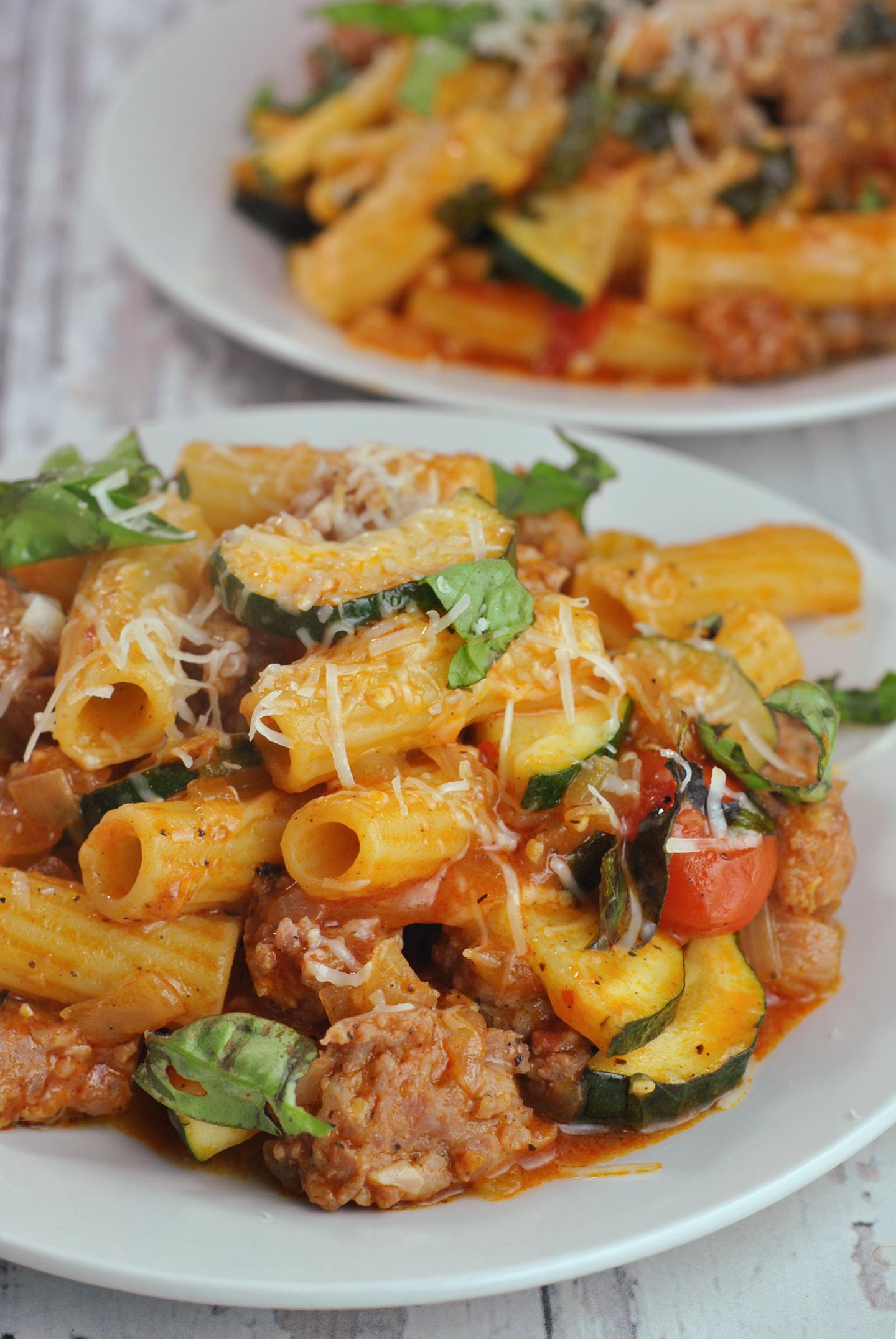 Rigatoni with Turkey Sausage, Tomatoes, and Zucchini via @preventionrd